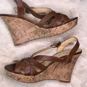 Shoes - STRAPPY BROWN WEDGES